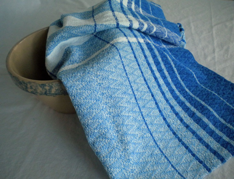 Cottolin Towel in Blue and White Point Twill