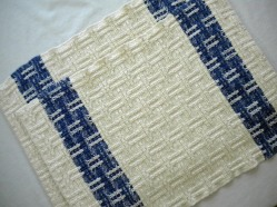 Cotton Placemats in Cream and Blue